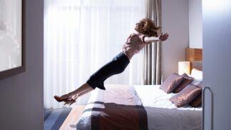 Záhada hotelových postelí vyřešena! Znalci objasnili, proč se v nich spí tak báječně