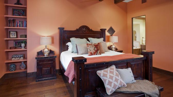 4 romantické barvy, které z vaší ložnice udělají oázu klidu a ženskosti