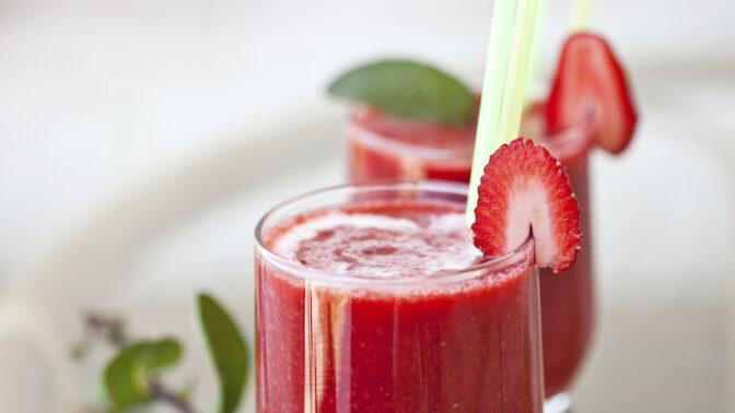 Lahodné smoothie namísto energy nápoje. Nadopujte se vitaminy a energií od zahraničních foodblogerů!