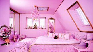 Třpytky, neony a růžové nekonečno. V Británii vyrostl Barbie dům a můžete si ho pronajmout i vy!