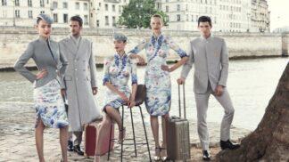Haute couture na palubě letadla? Uniformy čínských letušek vám vyrazí dech!