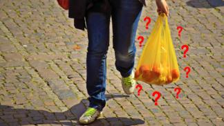 Co by se dělo s planetou, kdybychom přestali používat plasty? Ptali jsme se prof. Bedřicha Moldana