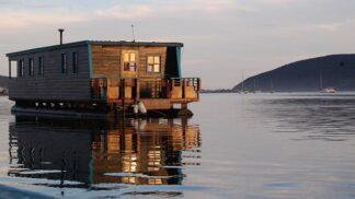 Na něco jsme zapomněli: na hausbóty! 6 kouzelných domků na vodě, které změní váš pohled na možnosti ubytování v zahraničí
