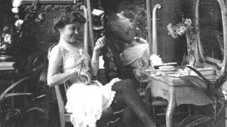Zlatá éra nevěstinců: Kdo si v druhé polovině 19. století chodil užívat do veřejných domů?