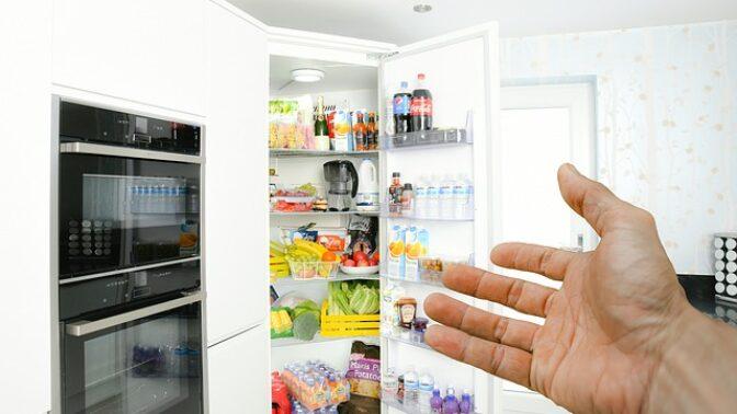 10 potravin, které se často skladují v lednici, a přitom tam vůbec nepatří