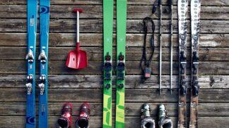 Nebojte se začít: Jak se naučit lyžovat i v dospělosti?