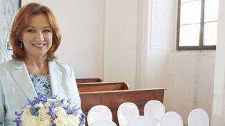 Zlata Adamovská dnes slaví 60! Neuvěřitelných 13 let už je hvězdou Ordinace