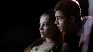 """After: Polibek: Do kin míří film nazývaný """"Padesát odstínů pro teenagery"""" # Thumbnail"""