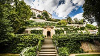 Nejkrásnější pražské zahrady: Zelené oázy uprostřed města, v nichž teď načerpáte energii