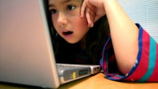 Děti a nemravné filmy: Jak s nimi mluvit o tomto ožehavém tématu? # Thumbnail