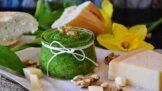 Thumbnail # Domácí pesto: Využijte bazalku, mátu nebo pečenou řepu jinak, než jste zvyklí