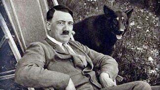 Před 85 lety se prohlásil Hitler vůdcem: Jak vypadala jeho cesta k moci? # Thumbnail