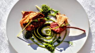 Gastronomický průvodce Velikonocemi: Kde si můžete pochutnat na originálním menu, když se vám nechce vařit