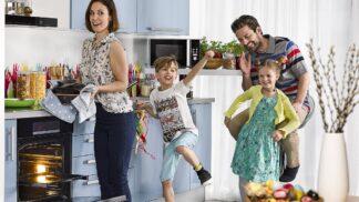Bezlepkové Velikonoce i pro ty nejmenší: Pečená lízátka i minimazance s čokoládou si zamilují