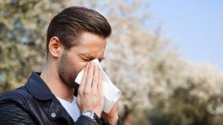 Jarní alergie útočí: Jak ulevit očím?