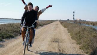 Láska na druhý pohled: Romantický film o spisovateli, který musí bojovat o svou životní lásku