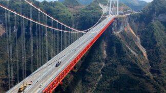 Čínské dálnice se mění tak dramaticky, jak si to v Evropě nedovedeme představit. Podívejte se na video!