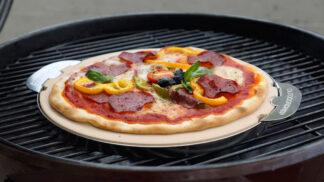 Domácí pizza na grilu: Postup, jak ji zvládnout snadno, rychle a s dokonalou kůrkou
