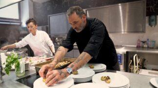 """Jeden z nejlepších kuchařů Česka Michal """"Hugo"""" Hromas: Bio maso je nejčistší, krásně voní a chutná"""