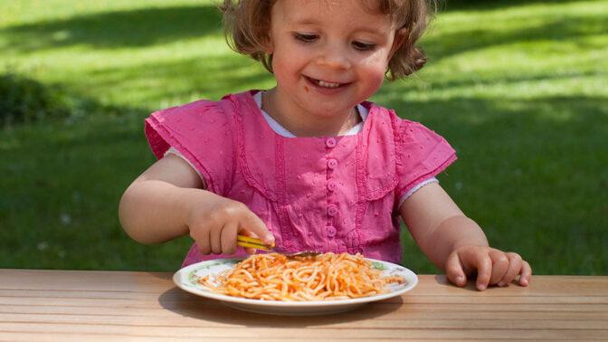 Pětidenní jídelní lístek podle dětí: Boduje řízek, pochutnají si na šunkoflekách a potěší i palačinky
