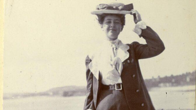 Největší pátrací akce historie: Královna detektivek Agatha Christie políbila spící dceru a zmizela