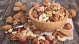 Thumbnail # Mýty o zdravém životním stylu: K budování svalů jezte maso, po sacharidech se tloustne