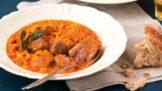 Pravý segedínský guláš: Důležitý je výběr kvalitního vepřového, vaření omáčky chce svůj čas
