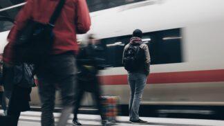 Chybí vám ve vlaku nikotin? Už nemusí! # Thumbnail