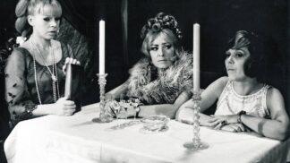 Skvělá česká komedie Světáci: Film byl nějakou dobu zakázaný, Menšík při natáčení často improvizoval
