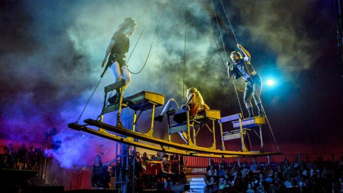 Letní Letná se promění v manéž alternativního cirkusu