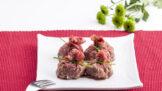 Luxusní silvestrovské pohoštění: Lilkové závitky, pomazánky i carpaccio s jahodami