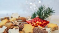 Recepty na šlehačkové cukroví: Sněhurky i hvězdičky