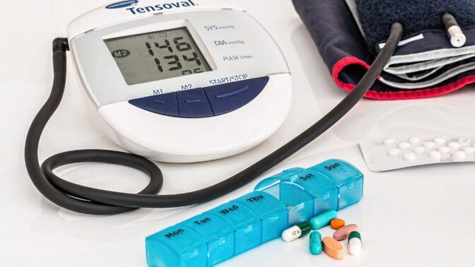 Největší pasti vysokého i nízkého krevního tlaku. Proč jsou oba nebezpečné?
