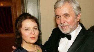 Josefu Abrhámovi je 80 let: Jak šel čas oblíbeného herce od milovníka žen po charismatického seniora
