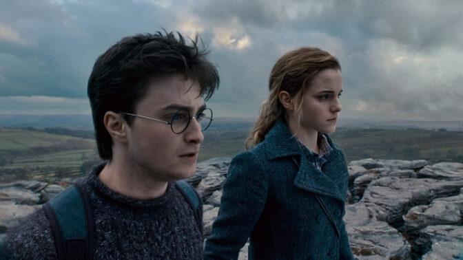Harry Potter a Relikvie smrti: Při natáčení hořelo a Daniel Radcliffe měl nemoc z bahna