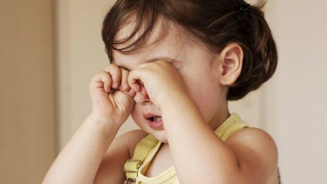 Zlobivé a nenapravitelné dítě? Co když je to jinak! Takhle poznáte hyperaktivitu