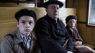 Film Z Paříže do Paříže: Příběh dvou bratrů utíkajících před nacisty, s Markem Vašutem v jedné z rolí