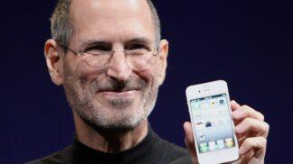 Miliardář Steve Jobs by oslavil 65. narozeniny: Spal na koleji na zemi, nerad se myl a jedl jen mrkev s jablky