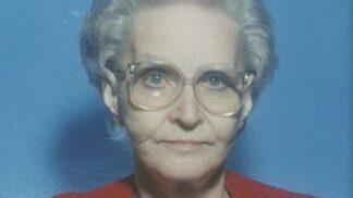 Vražedkyně Dorothea Puenteová: Byla dobrý člověk, jen měla na zahrádce mrtvoly # Thumbnail