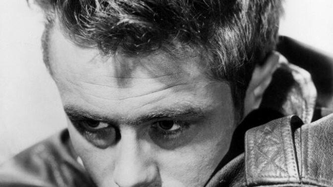 Americký herec James Dean: Miloval muže i ženy, nenáviděl autority a patřil mezi největší rebely Hollywoodu