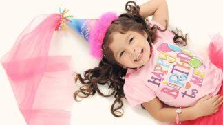 Dětská oslava narozenin je důležitá, potvrzuje studie. Děti díky ní dokážou vnímat, že jsou zase o rok starší