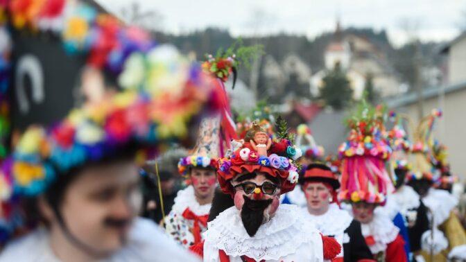 Masopust 2020: Těšte se na spoustu jídla, pití i originální masky. Kdy se letos slaví?