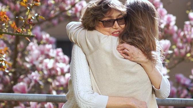 Mezinárodní den žen se blíží: Věnujte jim lásku, porozumění a krásný dárek