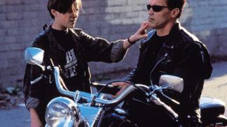 Ze zákulisí Terminátora: Nápad na film vznikl z horečnatého snu a místo Arnieho se měl objevit O. J. Simpson