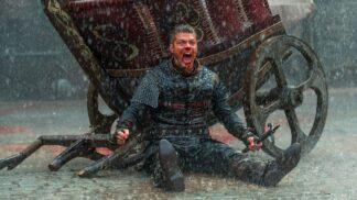 Ivar Bezkostý ze seriálu Vikingové skutečně existoval. Chromého, ale geniálního mrzáka na bojiště nosili