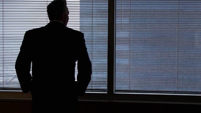 Pavel (46): Rozvedl jsem se, teď chci manželku zpátky. Co na to říká vztahový poradce?