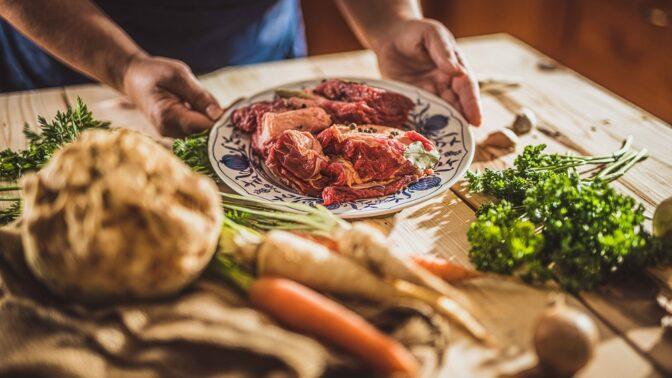 Tušíte, jakou cestu urazily potraviny, než se dostaly na váš stůl?