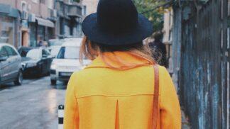 Módní jarní kabátky a bundy: Nesmrtelné kousky, které musíte mít