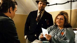 Thumbnail # Pane, vy jste vdova: Růžičková s Janžurovou se nechaly dobrovolně zavřít do blázince