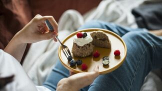 Nestíháte správně jíst? Víme, co zachrání váš jídelníček # Thumbnail